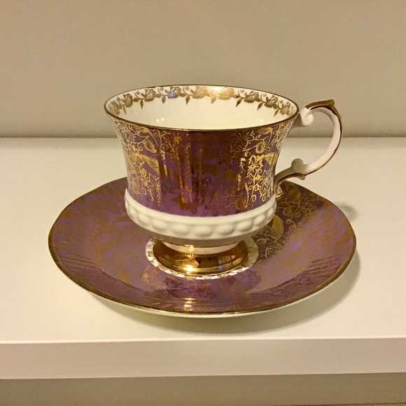 Elizabethan Bone China Tea cup and Saucer Set
